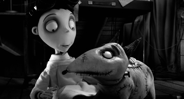 Victor Frankenstein (Charlie Tahan), Sparky (Frank Welker)
