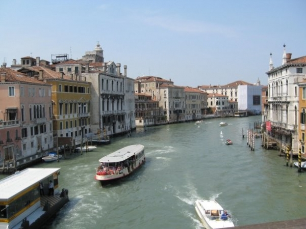 5 Venecija: Grad karnevala i gondolijera