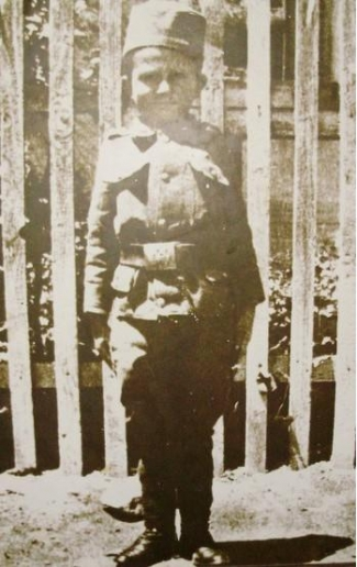 Momčilo Gаvrić u srpskoj uniformi