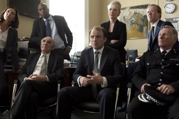 2 Black Mirror (2011)