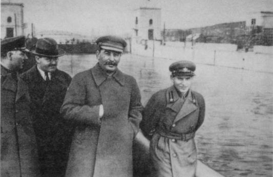 Nikolaj Ježov - kanal - original