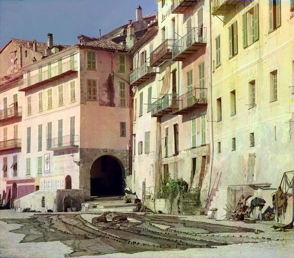 Naseljeno mesto na mediteranskoj obali Francuske