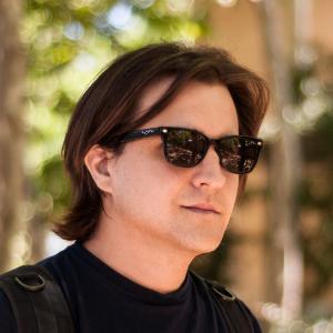 Santiago Ambit, osnivač Ion glasses