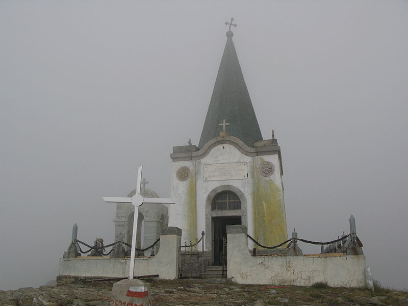 spomen kapela na vrhu kajmakcalana
