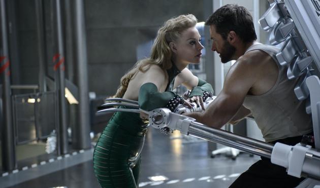 Wolverine (2013) - Viper (Svetlana Khodchenkova), Wolverine (Hugh Jackman)